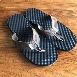 Simple Biodegradable Brown Flip Flops Thongs Size9